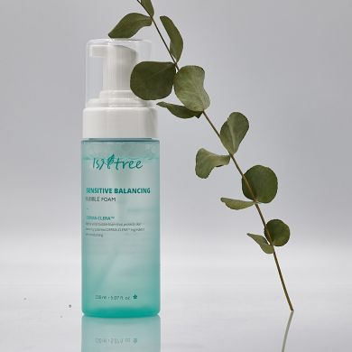 Isntree Sensitive Balancing Bubble Foam